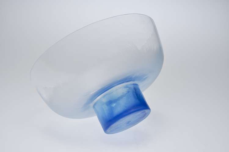 blue_bowl_side_borrom_01.jpg